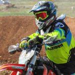 Moto-cross, perfectionner son équipement pour pratiquer en  toute sérénité